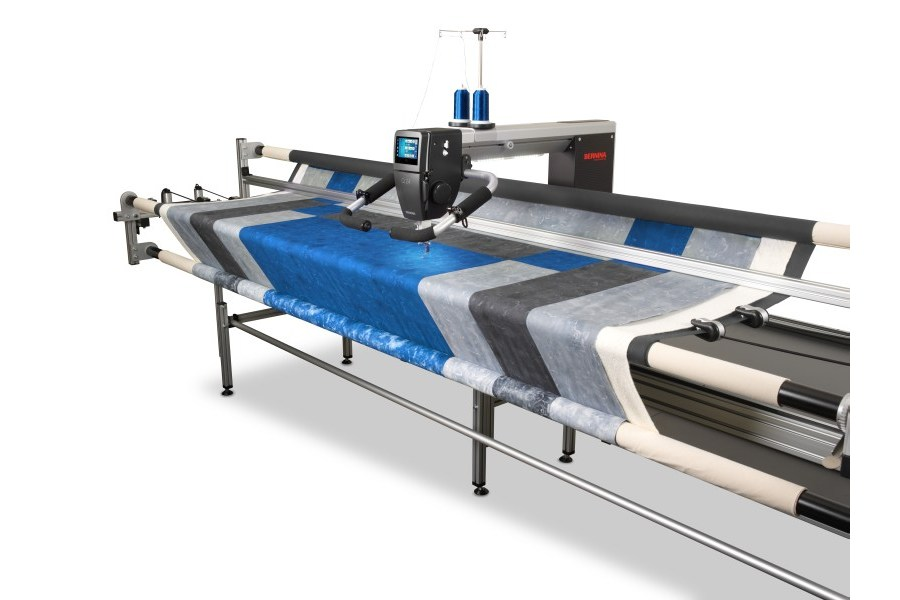 BERNINA longarm Q24 i rama do pikowania
